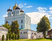 picture of trinity  - Classical Russian ancient religious architecture - JPG