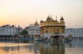 picture of harmandir sahib  - The Harmandir Sahib - JPG
