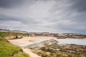 pic of tide  - Cullercoats Harbour at low tide which is between Whitley Bay and Tynemouth viewed from Saddle Rocks - JPG