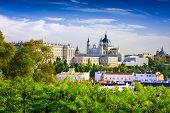 pic of royal palace  - Madrid - JPG