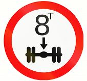 pic of traffic rules  - Indonesian traffic sign prohibiting throroughfare of vehicles with a load over 8 tons on each twin tire axle - JPG