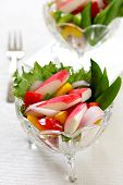 pic of mange-toute  - Crab stick with pepper and lettuce salad - JPG