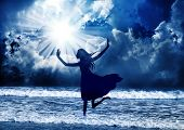 picture of praises  - Young girl praise the lord with dance - JPG