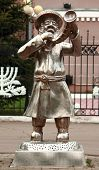 foto of rabbi  - statue