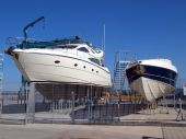 Luxury yachts maintenance