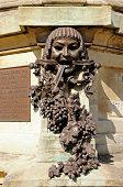 pic of avon  - Face and grapes sculpture at the Gower Memorial Stratford - JPG