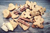 image of ginger man  - Gingerbread cookies in shapes of heart - JPG