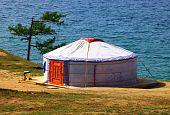 picture of yurt  - Yurt on the coast of the lake - JPG