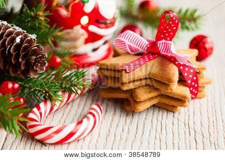 Постер, плакат: Рождественское печенье с праздничного украшения, холст на подрамнике