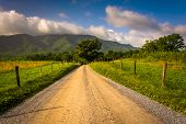picture of cade  - Dirt road at Cade - JPG