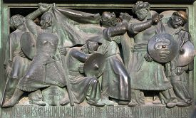 picture of saracen  - Doors of the Milan Cathedral depicting conquest of Jerusalem by Crusaders - JPG