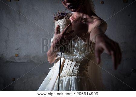 Bride Zombie in
