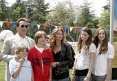 LOS ANGELES - APR 2: Arnold Schwarzenegger, Maria Shriver, their children Christopher, Patrick, Kath