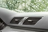 image of freezing temperatures  - vehicle air conditioning and car ventilation system - JPG