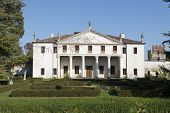 pic of vicenza  - The Villa Valmarana  - JPG