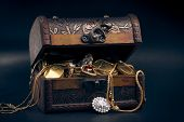 picture of treasure  - chest full of money, treasure chest with gold coins