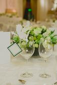 pic of wedding table decor  - Wedding table decoration - JPG