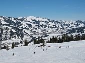 foto of saanen  - Skier in the ski area Eggli Gstaad - JPG