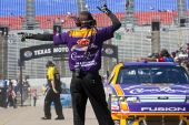 Nascar:  November 6 Dickies 500