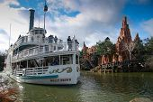 Paris, France - November 18, 2009: Pleasure Ship Molly Brown At Artificial River In Disneyland Paris