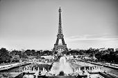 image of fountains  - Eiffel Tower seen from fountain at Jardins du Trocadero at a sunny summer day - JPG
