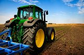 pic of tractor  - The Tractor  - JPG