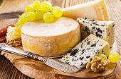 picture of penicillium  - cheese plate - JPG