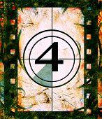 Постер, плакат: Фильм обратный отсчет на No 4