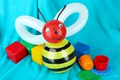 pic of parti poodle  - Simple balloon animal bee - JPG