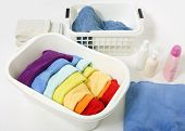 picture of laundry  - Wash colored laundry - JPG