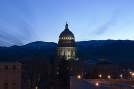 foto of boise  - Idaho state capital building at sunrise with light clouds - JPG