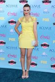Holland Roden at the 2013 Teen Choice Awards Arrivals, Gibson Amphitheatre, Universal City, CA 08-11