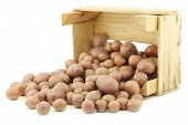 picture of wooden crate  - Cherry potatoes  - JPG