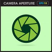 pic of objectives  - Simple icon Camera objective green aperture design - JPG