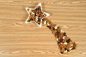 picture of comet  - White comet star made of nuts and dried food - JPG
