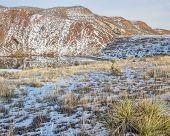 foto of prairie  - red sandstone cliffs - JPG