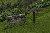 foto of board-walk  - Indicative board to Doreen Fall at Cathedral Peak area - JPG