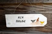 picture of hen house  - Homemade wooden  - JPG