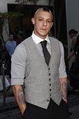 LOS ANGELES - AUG 30: Theo Rossi at the Season Three premiere screening of 'Sons of Anarchy' at the