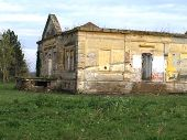 image of raunchy  - Demolished and destroyed the old abandoned castle - JPG