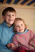 picture of bunk-bed  - happy children in child