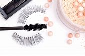 Black False Eyelashes With Mascara And Powder