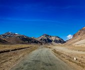 pic of manali-leh road  - Manali - JPG