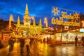 image of weihnachten  - Traditional Christmas market in Vienna - JPG