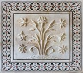picture of mumtaj  - Exterior decoration of the Taj Mahal Agra India - JPG