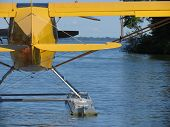 foto of hydroplanes  - hydroplane on the water ready to take off - JPG