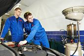 picture of auto repair shop  - Car servicing - JPG