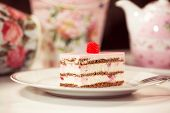 image of pound cake  - Capture of Delicious cake with berries on plate - JPG