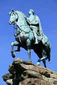 pic of great horse  - George III equestrian statue - JPG