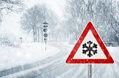 foto of sleet  - driving in winter  - JPG